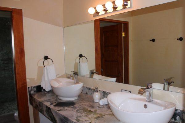 bathroom04