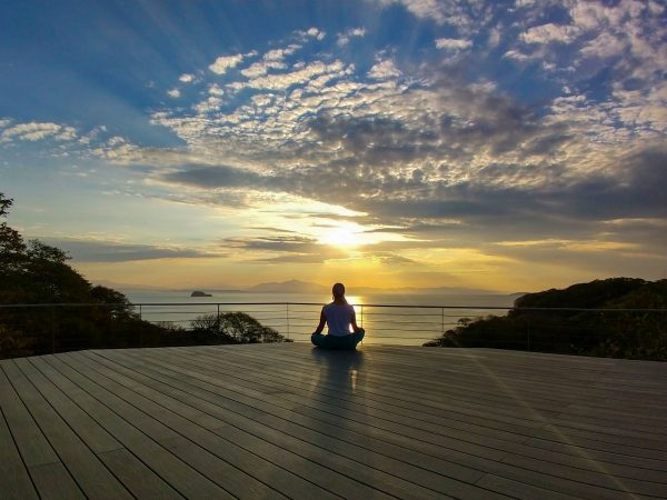 Liana Meditation on the Stardeck (1)